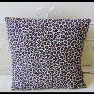 Other - Leopard Pillow